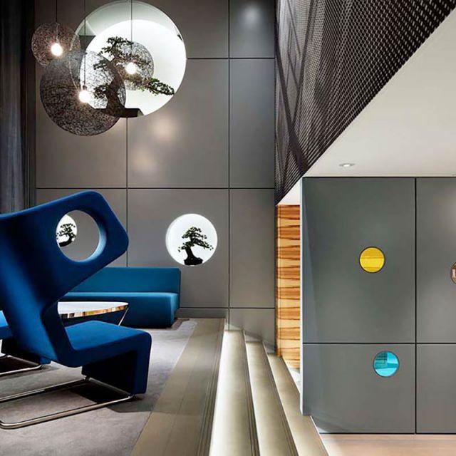 Claudio Colucci design 007