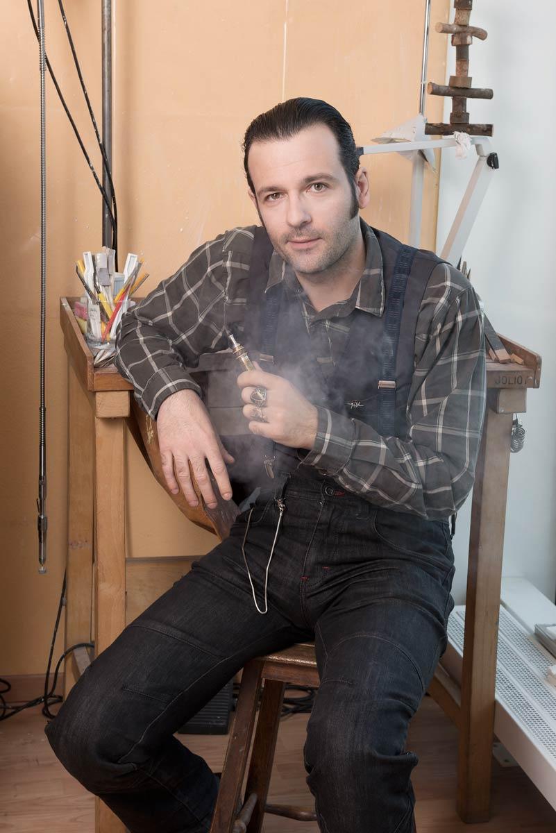 Portrait de l'artisant Atelier émail